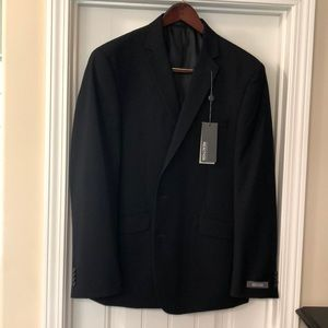 Kenneth Cole Reaction suit 44R 38x31 NWT